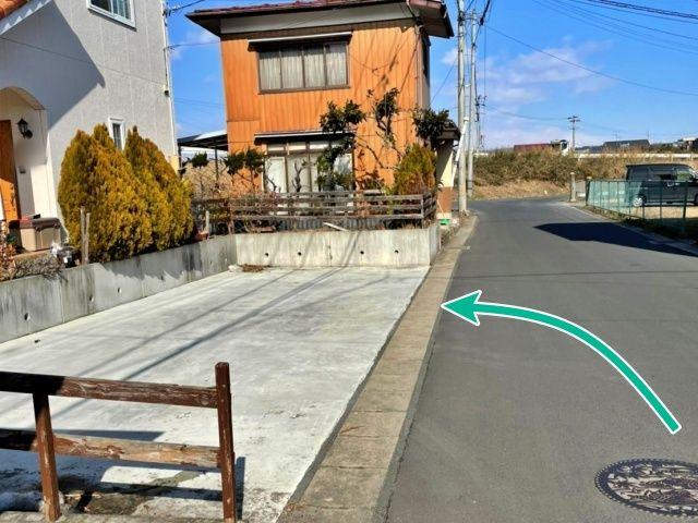 白山田駐車場