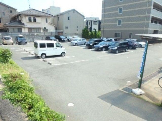 駐車場全体写真※区画図と合わせてご確認ください。
