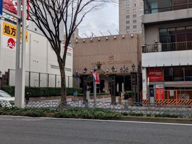 駐車場の向かい側には東急ホテルがございます