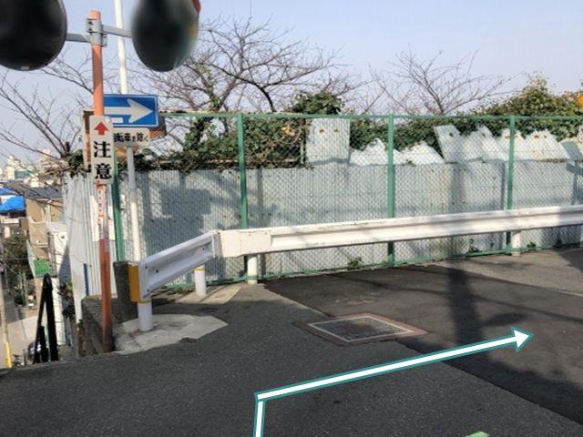 1.右折(阿倍野橋筋から来た時)