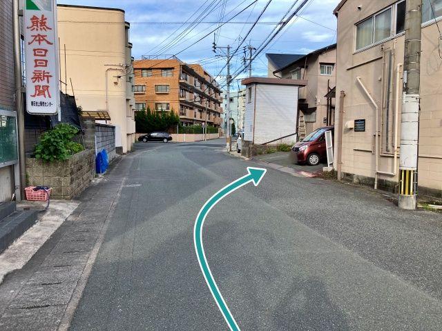 熊本駅から車で3分セブイレ近く緒方邸駐車場