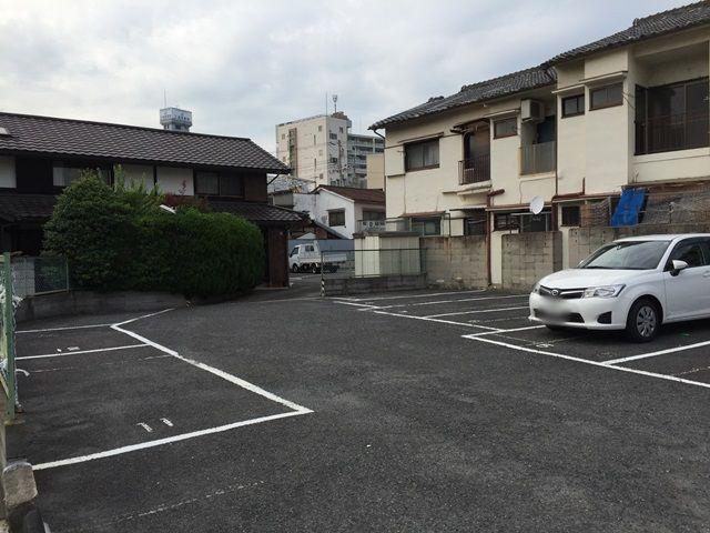 【道順1】駐車場の入口からの風景です。