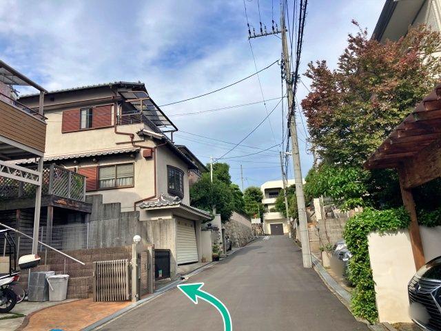 待兼山町15横山邸[akippa]駐車場