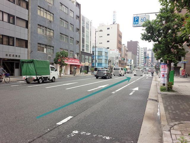 【道順1】「谷町4交差点」を「西」へ直進していただき、「濃人橋交差点」を「左折」、松屋町筋を直進してください。