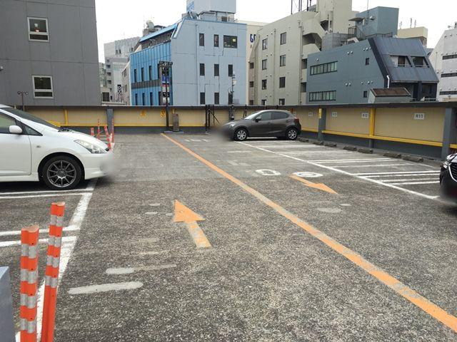 駐車場屋上写真