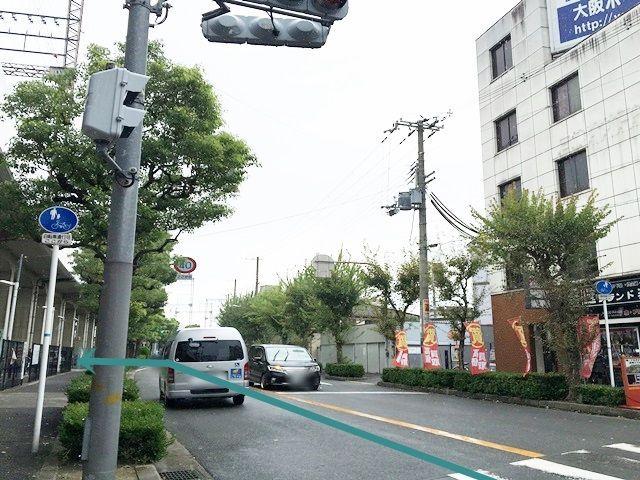 2.左側にakippa駐車場がございます