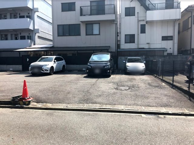 akippa 郷前町3丁目駐車場