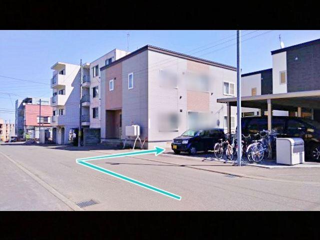 札幌市白石区平和通13丁目南4-1駐車場の写真