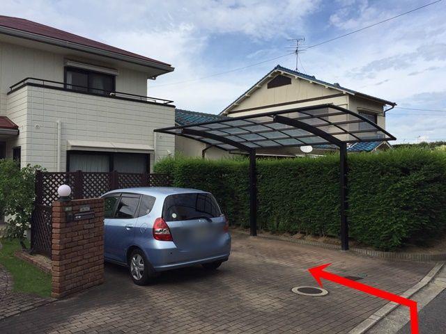 【道順3】こちらが駐車場の全体写真です。予約完了後に通知されるスペース位置をご確認のうえ、駐車してください。
