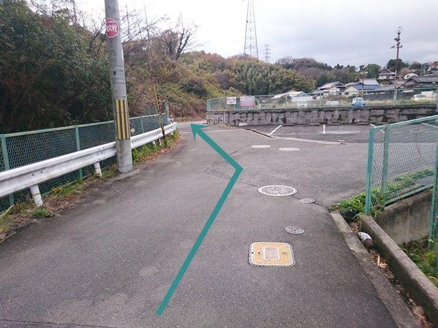 【道順1】ご利用駐車場隣(北側)に別駐車場がございますので、お間違いないようご注意ください。