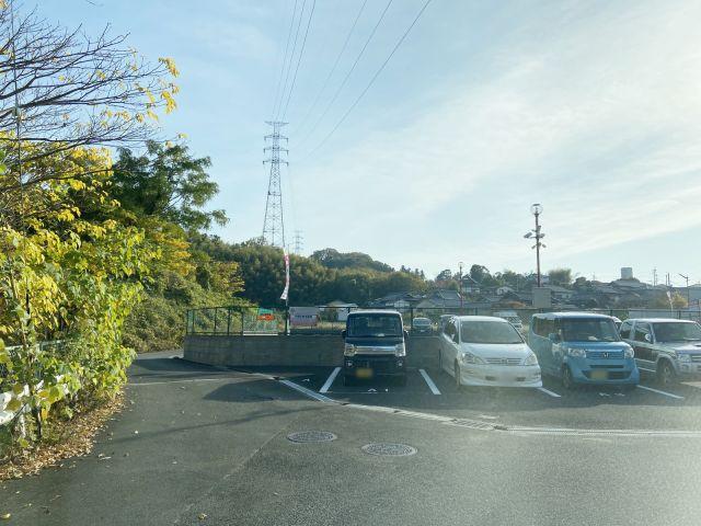 【道順2】ご利用駐車場隣(北側)に別駐車場がございますので、お間違いないようご注意ください。