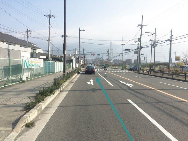 1.国道702号線を外環状線方面へと進んでください。