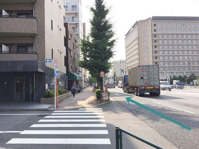 【道順1】環八通り(国道131号線)を「羽田空港」方面から「大鳥居駅」方面へ向かって西へと進んでください。