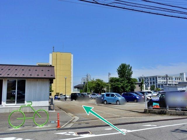 片山産業第二駐車場の写真