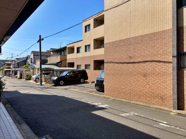 SHOFU駐車場