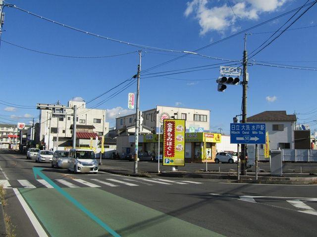 【道順1】国道50号バイパスより水戸市街地へ向いマッサージ店の左に進みます。
