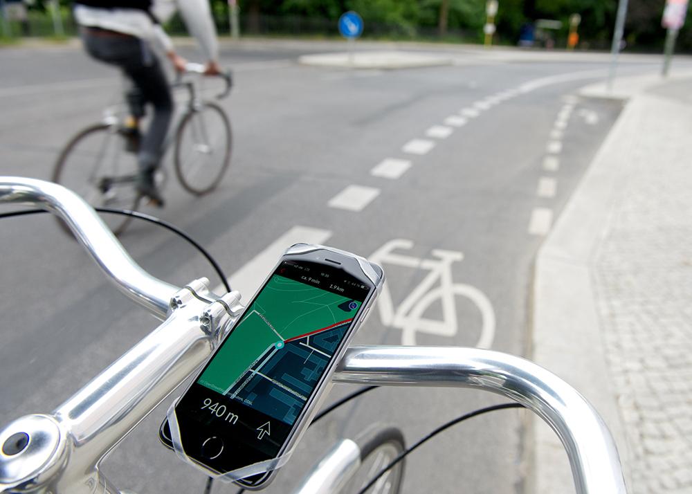 ロードバイクにおすすめのアクセサリー13選!必需品からおしゃれな便利グッズまで!