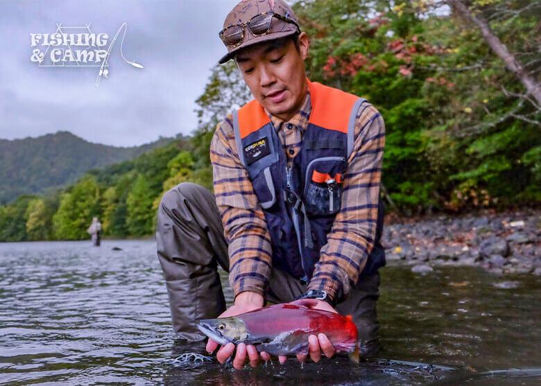 季節を楽しむ釣りキャン 秋の十和田湖を彩るヒメマス釣り