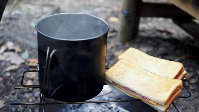 キャンプ用マグカップおすすめ8選!素材・おしゃれ・収納・保温性で選ぶ