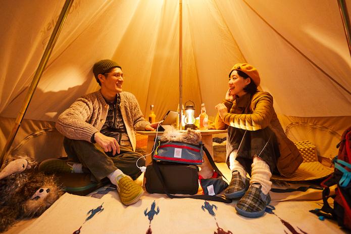 【この履き心地はクセになる】MERRELL「ハット モック」は、あらゆるキャンプシーンで使える万能シューズだ!