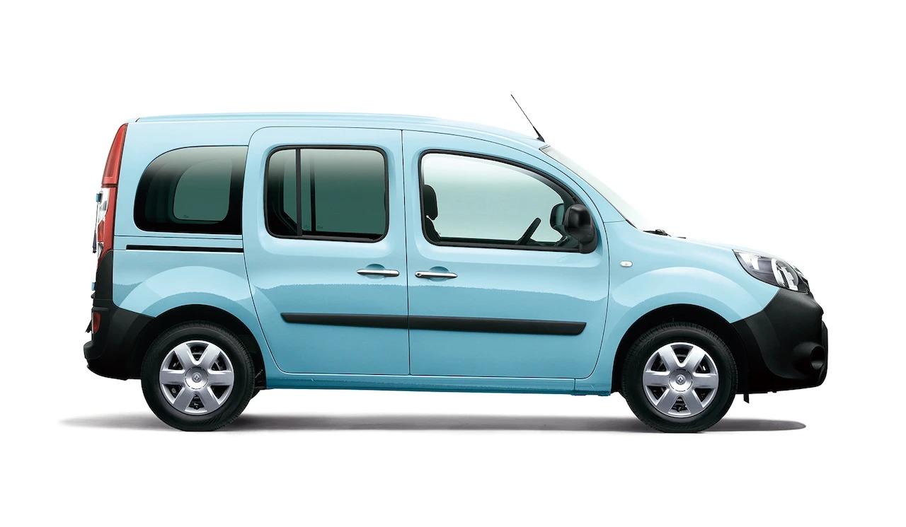 ルノー・カングーに人気の限定車が復活。アウトドアに映える爽快なブルーの「ペイサージュ」。