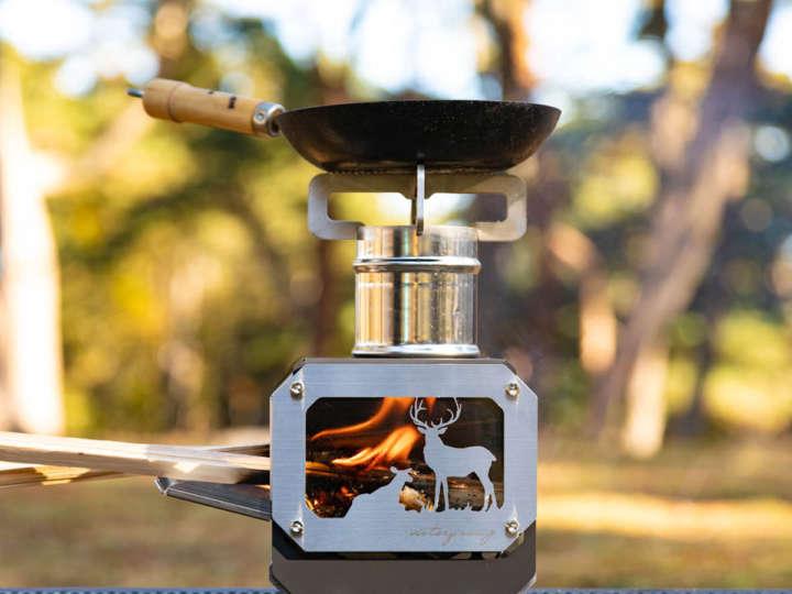 調理もできるVictory Campのロケットストーブは小さくて愛おしさ満点です