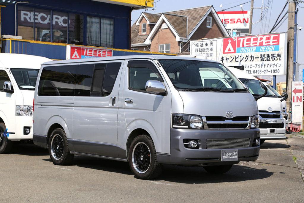 普段使いも車中泊も1台でOK! ミニバン感覚で乗り回せるキャンピングカー「T200Vプラス」!