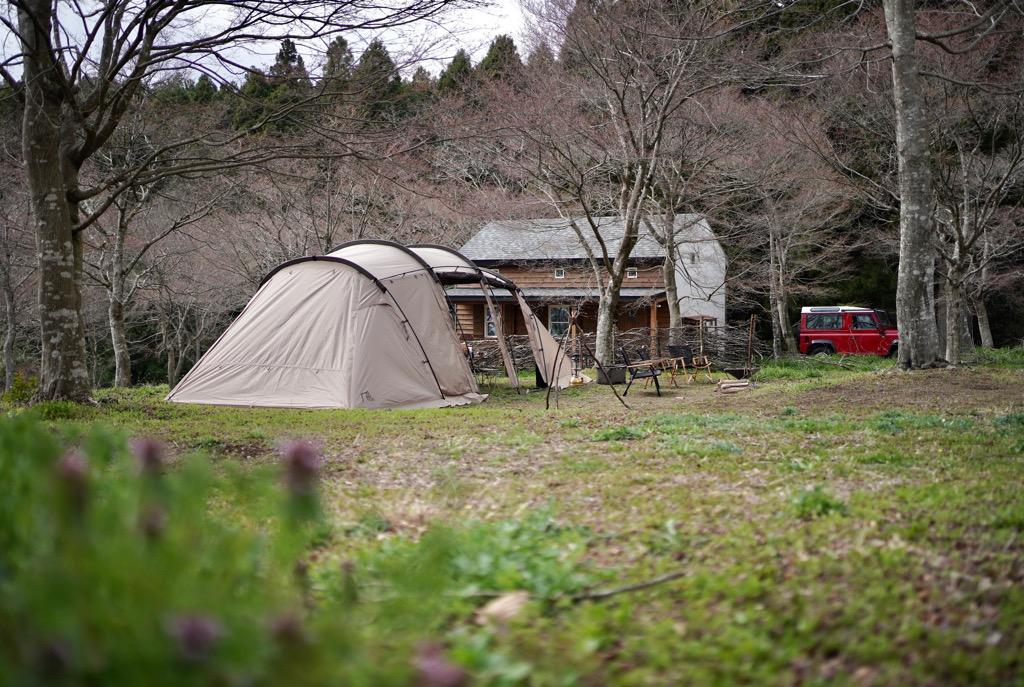 四季折々の表情を楽しめるアットホームな森の中のキャンプ場 ANOTHAPLACE(アナザプレイス)