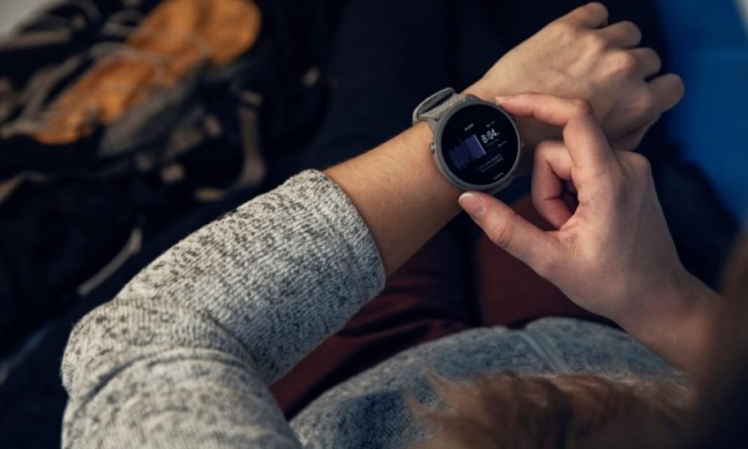 睡眠追跡機能を導入、デザイン性にも優れたSUUNTO 7 TITANIUM が4月21日に発売。