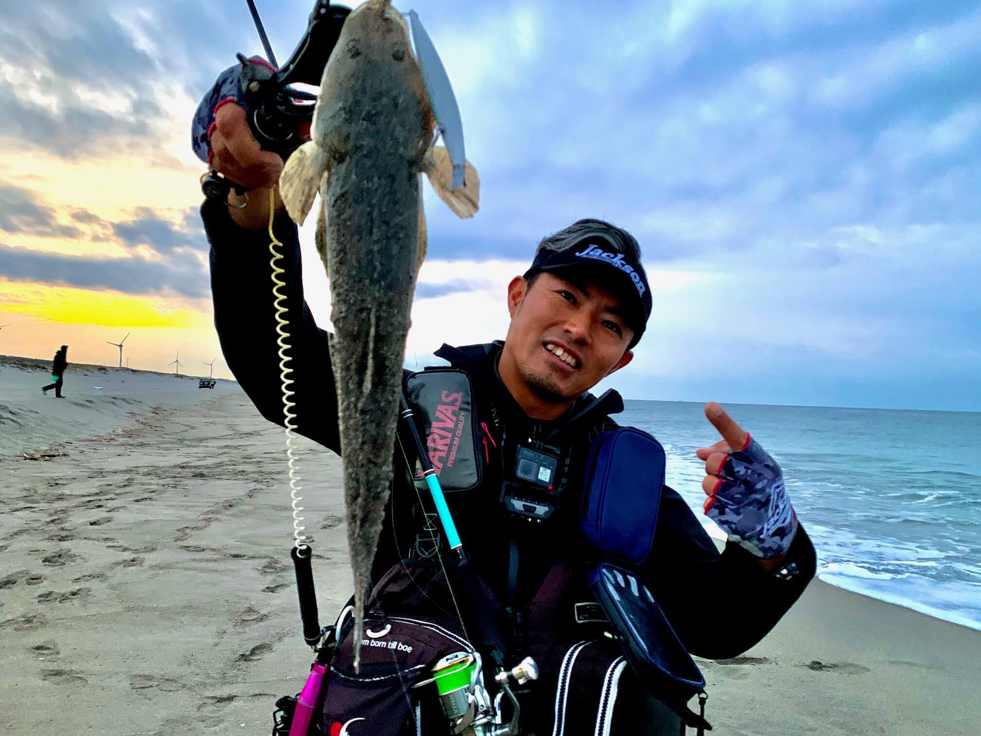 サーフのヒラメ・シーバス・ワラサの3魚種が釣れた釣り方を徹底解説!