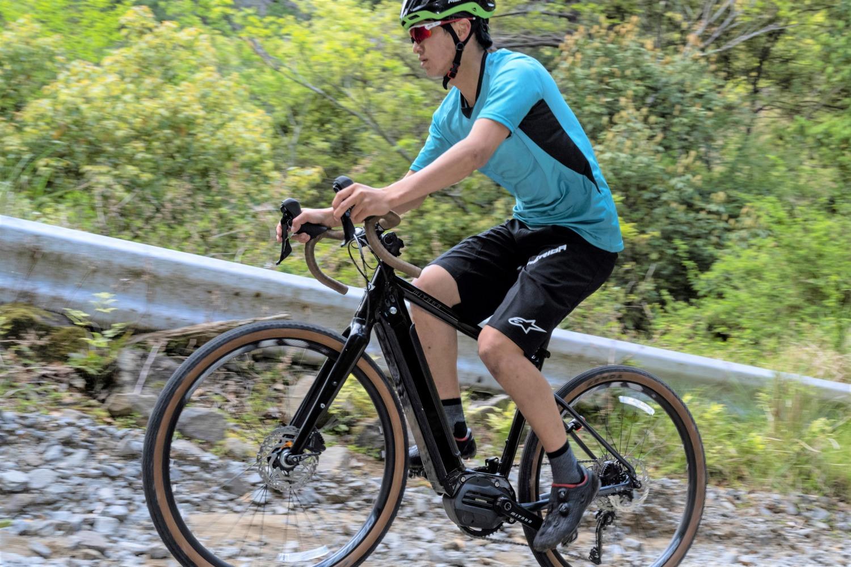 ミヤタからマルチパーパスに使えるグラベルE-Bike「ROADREX i 6180」登場 スマートなルックスを実現