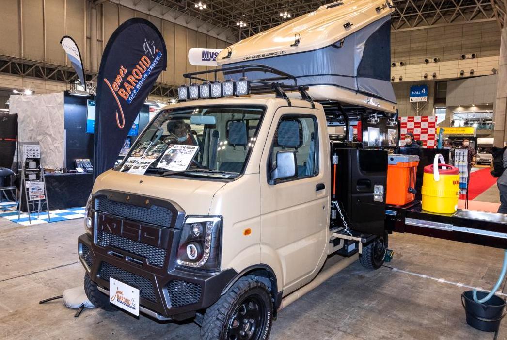 人気沸騰中の軽トラック型簡易キャンパー。充実装備のタフな1台を発見!