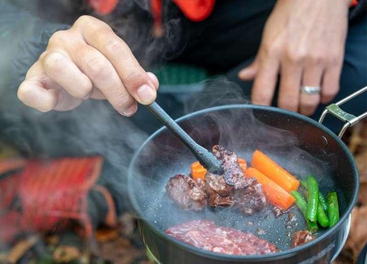 使える「おひとりさま」調理ギア8選【絶品!BBQ&キャンプ飯の強化書】