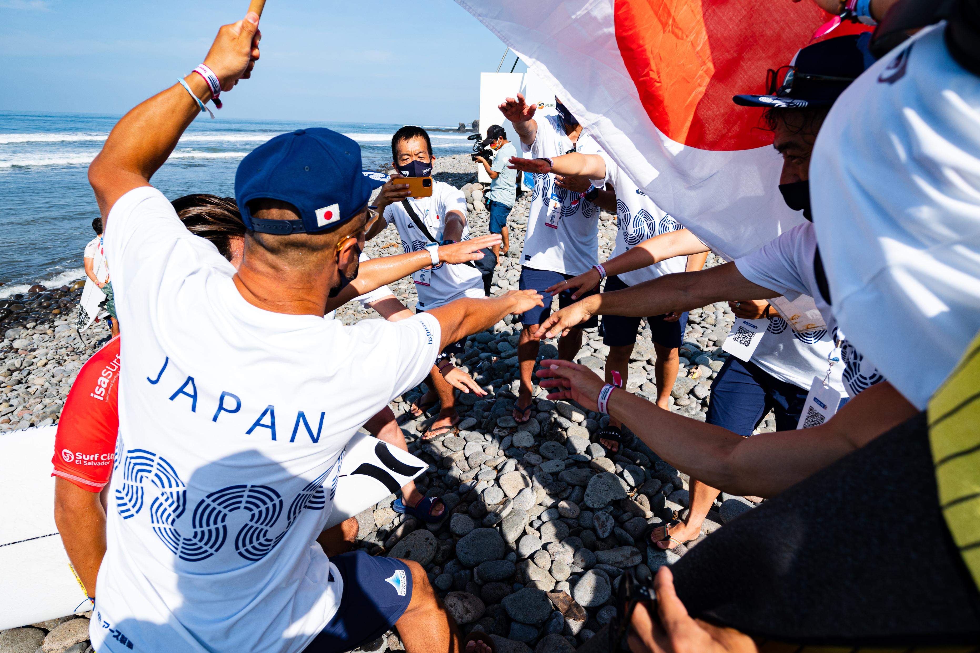【祝!】ISA World Surfing Gamesで日本代表枠を勝ち取った五十嵐カノア、大原洋人、前田マヒナ、都筑有夢路による大会直後のショートインタビュー集