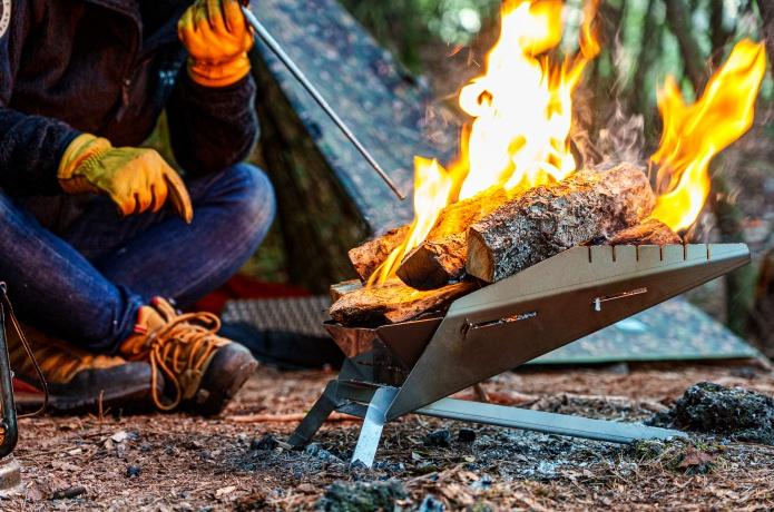 新ブランドTOKYO CRAFTSから「革新的なデザイン」と話題の焚き火台が販売スタート!