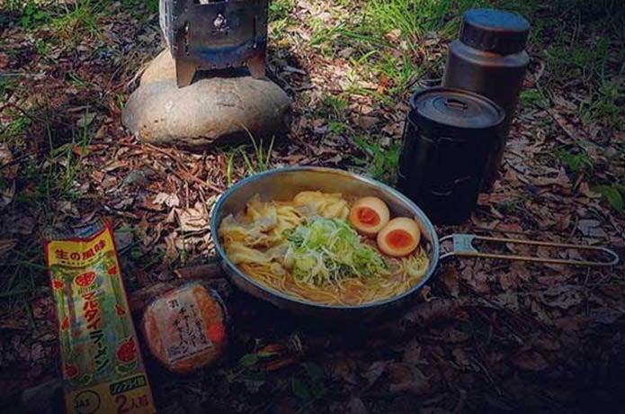 CAMP HACK読者に人気の袋麺ランキングベスト5!【アレンジ術も】