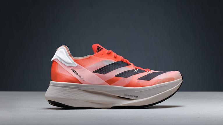 adidas(アディダス)から、進化を遂げた「アディゼロ」の最新コレクションが登場。
