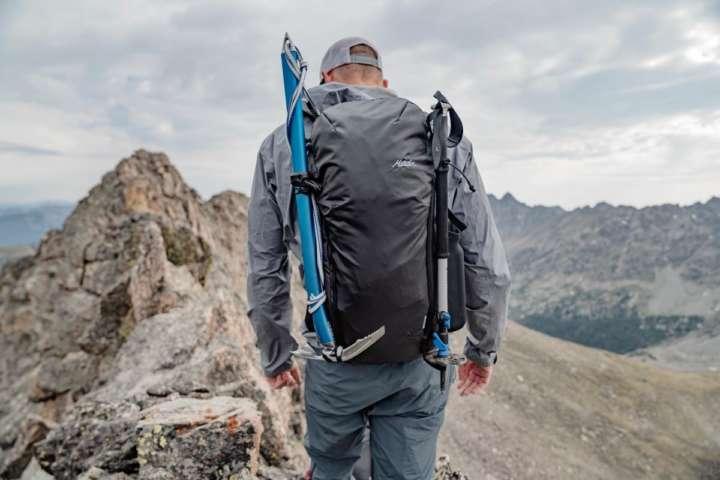 ガチ登山で使える超軽量バックパックだから野遊びにも最適だね!