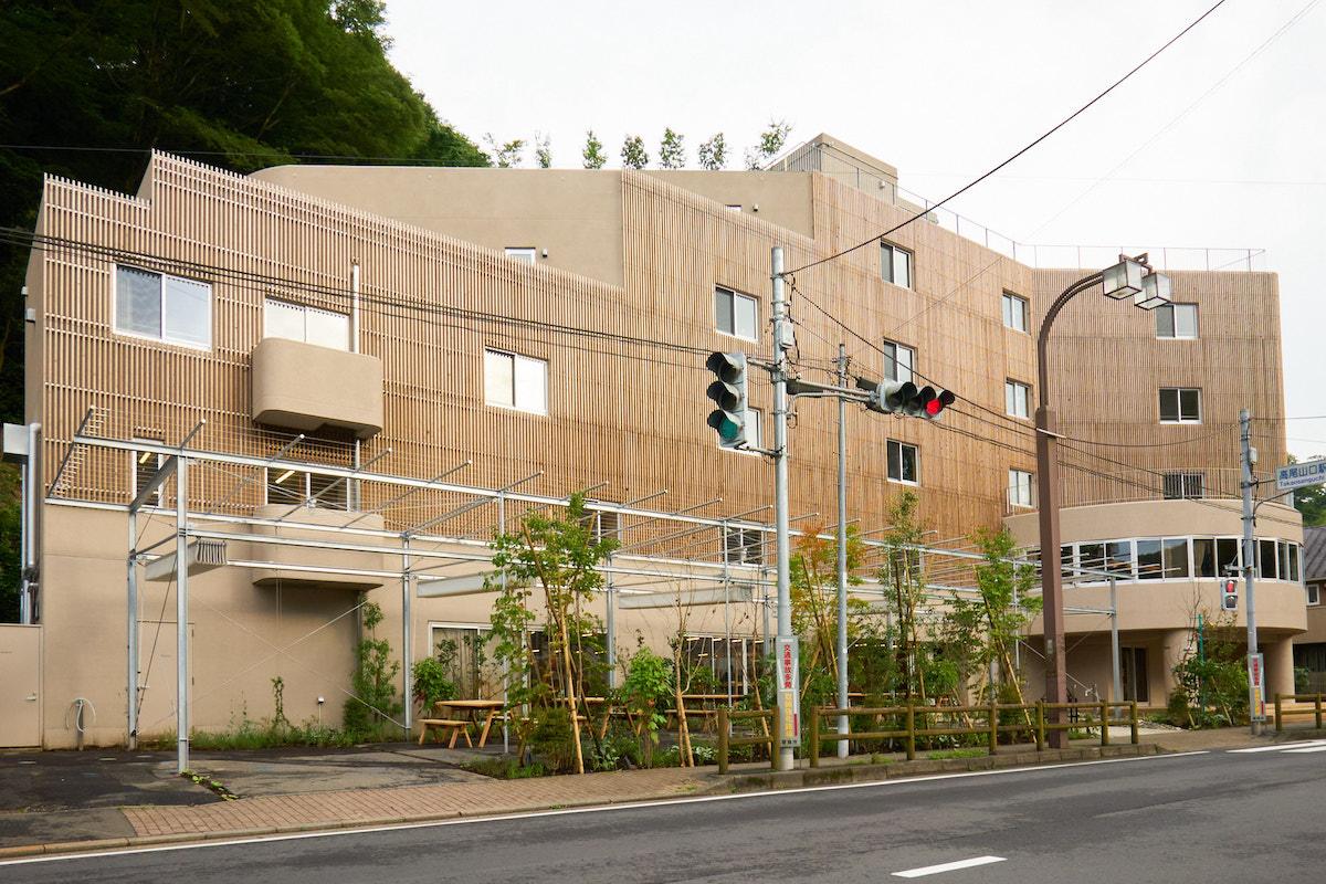 登るだけではない高尾山のカルチャーを提案 体験型ホテル「タカオネ」インタビュー