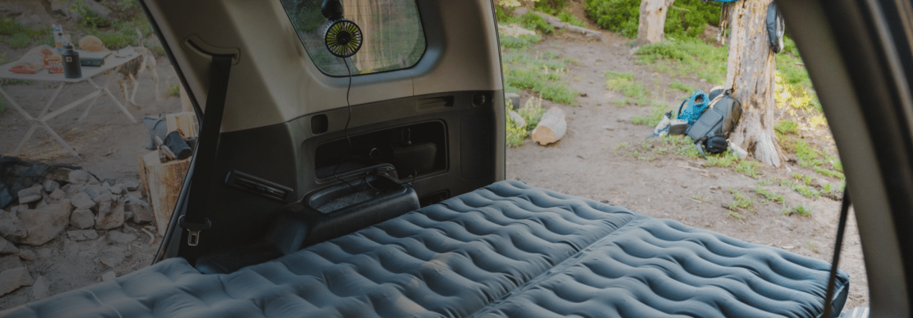 車中泊にて便利に使える!LUNOの『Car Camping Fan』