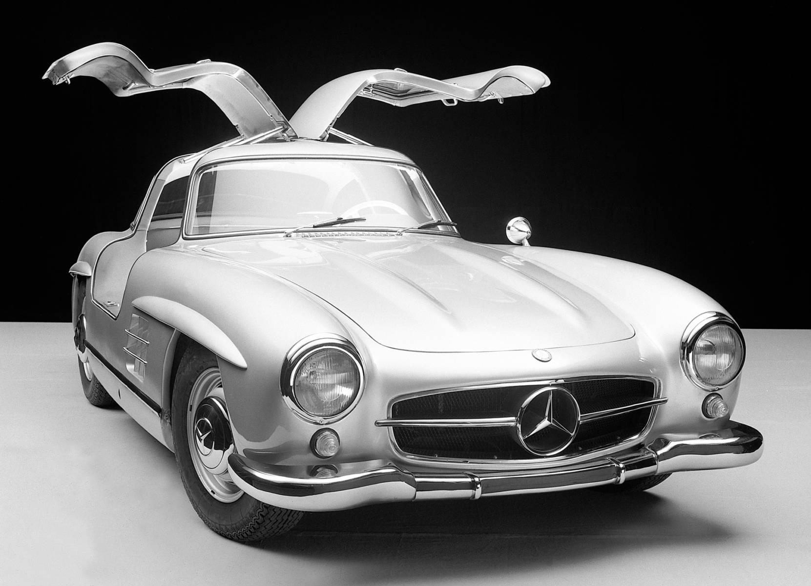 "300SL - メルセデスの高性能を世界中に知らしめた""ガルウィング"""