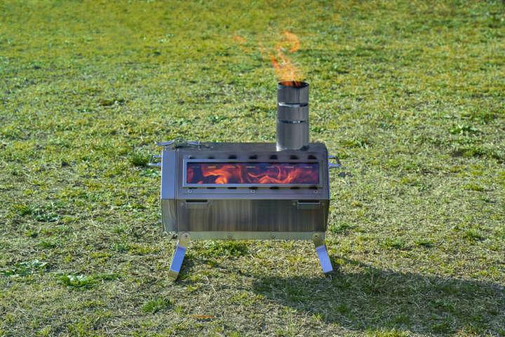 暖もとれるし調理もできる!ロゴスの「六角薪だんろストーブ」で冬キャンプに備えたい!