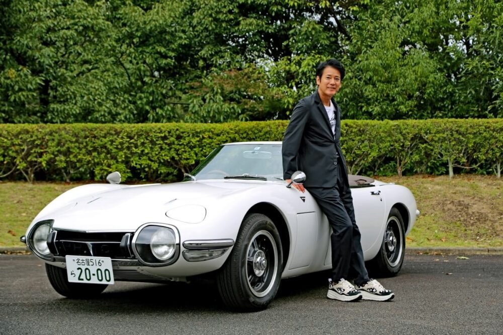 唐沢寿明さんが世界に1台の「2000GTロードスター」をトヨタ博物館に寄贈、2022年3月まで展示
