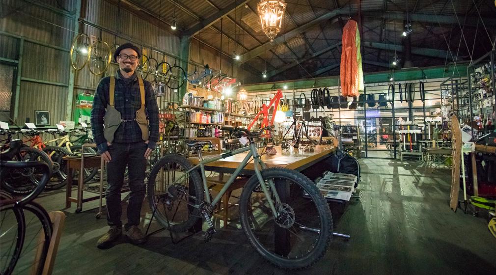 「アウトドアを日常に楽しめる街にしたい」。何でもあり?なちょっと変わった長野県伊那市の自転車屋『CLAMP』