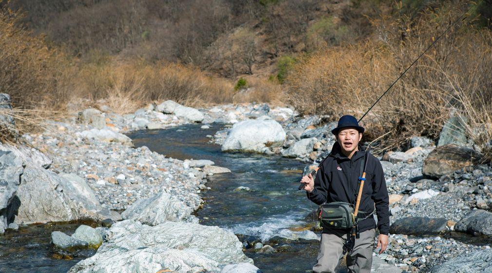 【自然ビト #10】僕にとってテンカラは、やればやるほどおもしろい、答えのないもの/フォトグラファー高橋博正さん