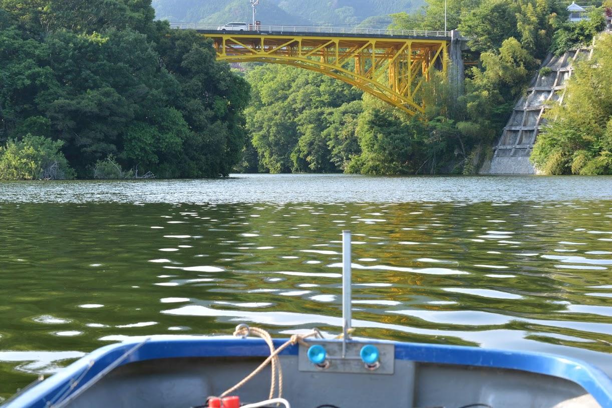 週末のバス釣りはどっちにする?相模湖VS津久井湖。