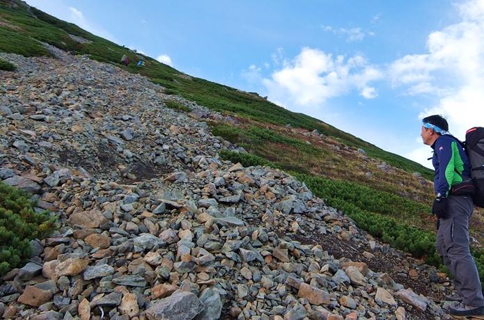 標高差1,000mくらいの山ってどのくらツライ!? 日本百名山で徹底比較!