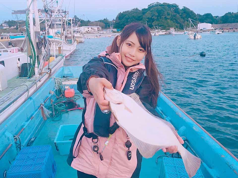【初心者9割!】宮城県三陸町で手ぶら釣り!大きなマコガレイをゲット!