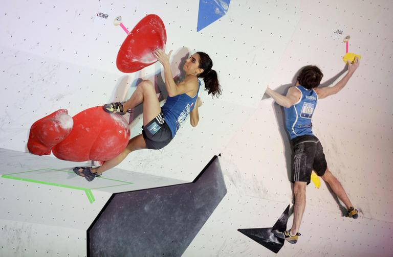 ボルダリングが上手くなる人は登り切る意思が強い