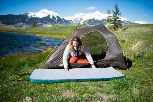 マットを持ってキャンプに行こう!【おすすめ20選】